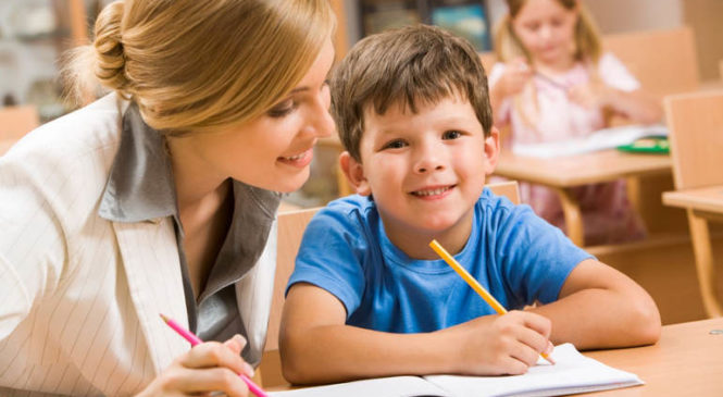 Как педагог может избежать появления изгоя в классе?