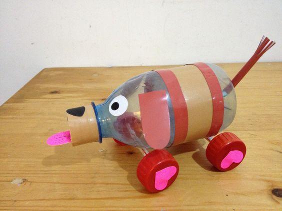 собака из пластиковых бутылок 3