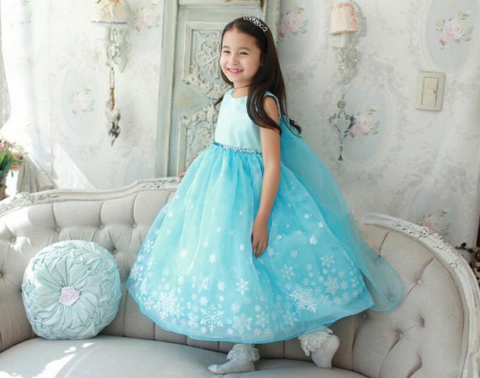 красивые платья для девочек в стиля «а-ля…» 1