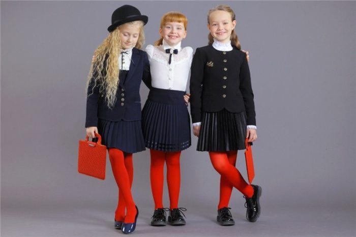 модная школьная форма для девочек 2017-2018 на фото 2