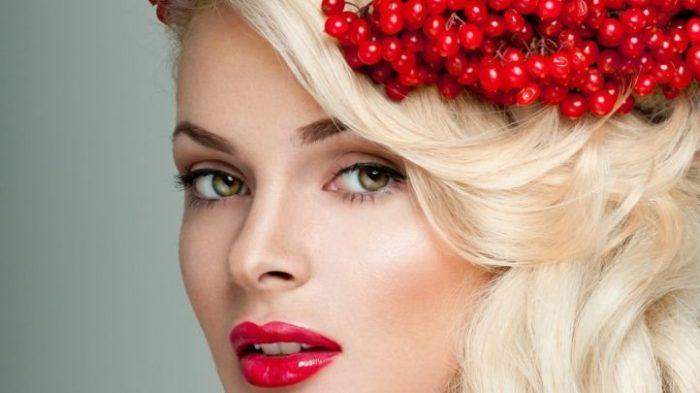 макияж на Новый год для блондинок 1